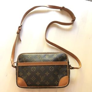 Louis Vuitton compiegne shoulder bag